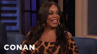 Someone Dress Niecy Nash For The Emmys! - CONAN on TBS