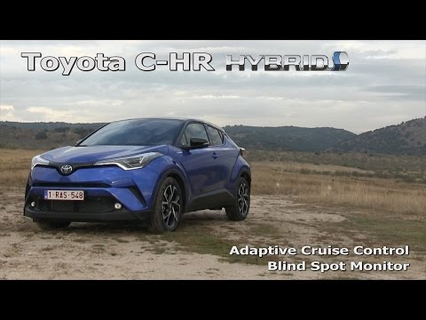 Toyota C HR Adaptive Cruise Control in a traffic jam and Blind Spot Monitor