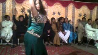 happy club nasir (wedding mujra)