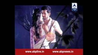 Naagin Sesha and Ritik romances in the middle of night in forest