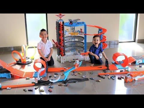 HOT WHEELS CITY Cars Track Set Fun With Ckn Toys