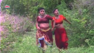 Village Girls Bathing In Pond, Biyah - Bhojpuri Scene 1/3