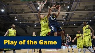 Play of the Game: Ashley tankt sich durch mit Foul (Bayreuth - ALBA)