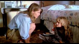 A Colheita Maldita (1984) Dublado