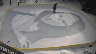 شاهد: هذا ما أبدعت يداه.. مواطن كندي ينافس دافينشي ويرسم صورة الموناليزا على الثلج…