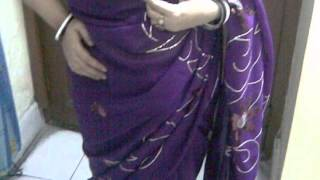 Hot busty aunty in transparent violet saree