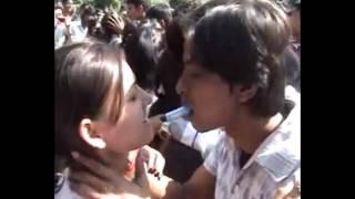 How to kiss a girl with lipstick Goa Konkani 2013.