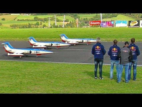 Xxx Mp4 3X HUGE RC F 104 STARFIGHTERS AIRSHOW FULL LENGTH FLIGHT TO MUSIC FLIGHTSHOW 3gp Sex