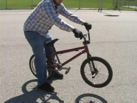 Trucos y saltos en bicicleta BMX Cómo maniobrar