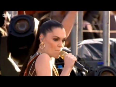 Will.I.Am & Jessie J I Gotta Feeling Diamond Jubilee Concert ♚