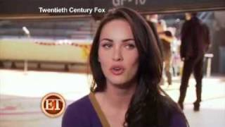 "Megan Fox Talks To ET About Her Kissing Amanda Seyfried & Behind The Scenes Of ""Jennifer"