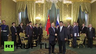 Russia: Putin gives warm welcome to Xi Jinping and Chinese delegation
