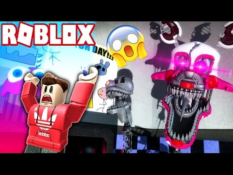 NIGHTMARE MANGLE WANTS TO EAT ME! (Roblox Adventures)