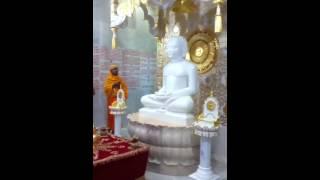 Abhishek at London temple