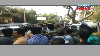 BJD Workers Attacked BJP Workers In Bhadrak