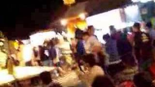 Taiwan Night Market - Girls attack me!!