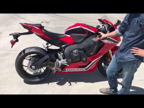 2017 Honda CBR1000RR stock vs. Yoshimura Alpha T full system