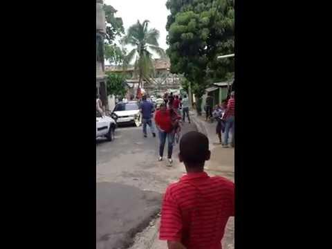 Pelea de machete en los mina domincano vs haitiano
