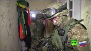 """لحظة القبض على مجموعة من أعضاء تنظيم """"الجهاد الإسلامي - جماعة المجاهدين"""" الإرهابي في كالينينغراد"""