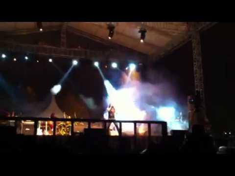 Rock Mania 2012 - Akar dan Bumi, Bandi Amuk