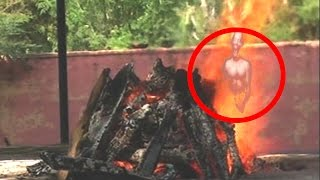 Ghost Coming Out Of Burning Dead body Caught On Camera | Soul Leaving Dead Body | funeral | Tape 26