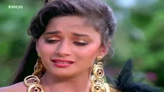 Madhuri dixit elopes with govinda in izzatdaarr