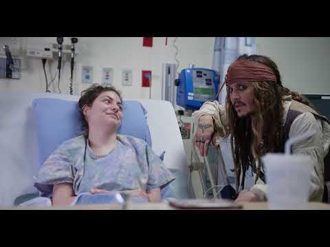 "Xxx Mp4 Johnny Depp As ""Captain Jack Sparrow"" Sails Into Vancouver To Visit Patients At BCCH FULL VIDEO 3gp Sex"