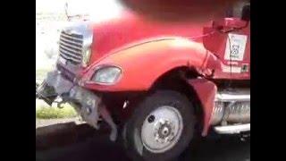 ACCIDENTE DE TRAILER, (CARAMBOLA) CAMINO A TORREON