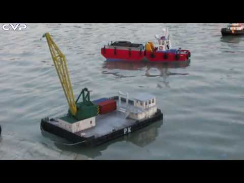 CVP Rc Tug Boat DE & Crane Barge