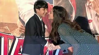 Junior Ranbir Kapoor KISSES Deepika Padukone @ Tamasha Trailer Launch