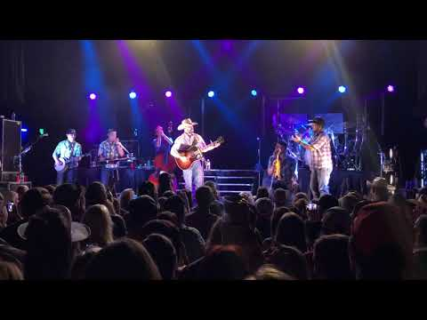 Cody Johnson - Country Classics Medley @ Del Mar Hall St Louis on 71918