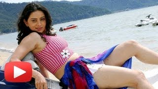 Hot And Happening Shruti Marathe In South Indian Films!
