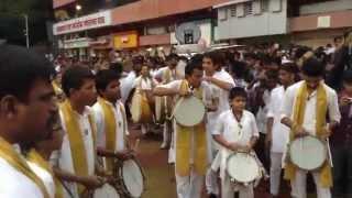 morya dhol tasha pathak at lalbaugacha raja padyapujan 2015 part 1