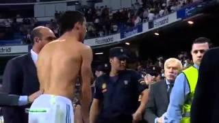 Ronaldo rompe il naso ad un tifoso ma poi gli regala la maglia