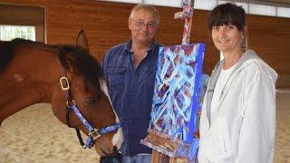 ছবি আঁকতে ভালোবাসে যে ঘোড়া !। The horse that loves to draw pictures !। Sokher Reporter