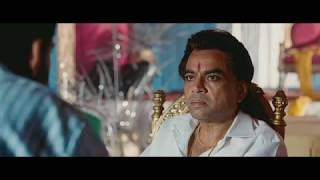 Anurag Arora Scenes Oye Lucky Lucky Oye