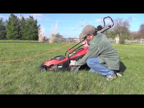 Review of the Black & Decker EM1700 electric mower