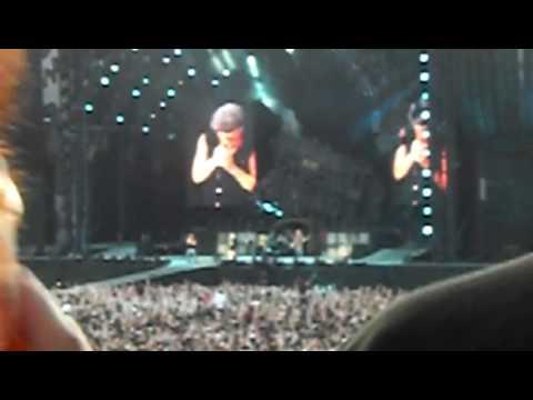AC/DC -  Thunderstruck - LIVE AT HAMPDEN PARK GLASGOW (30/06/09)