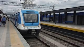 EMU CSR n° 154 llegando a City Bell (23-07-2017)
