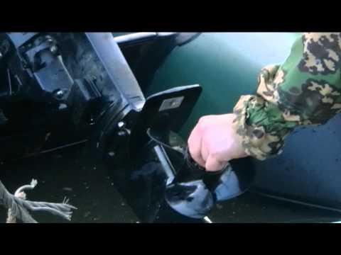 как поменять винт на лодочном моторе тохатсу видео