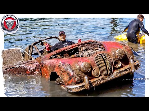 FOUND JAGUAR MK2 Classic Car Underwater in River at Boat Ramp