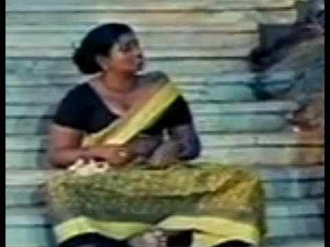 Hot Aunty Funny Setairs On Constable