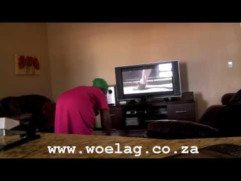 Housekeeper rocking out to Dans Dans Dans by Jack Parow