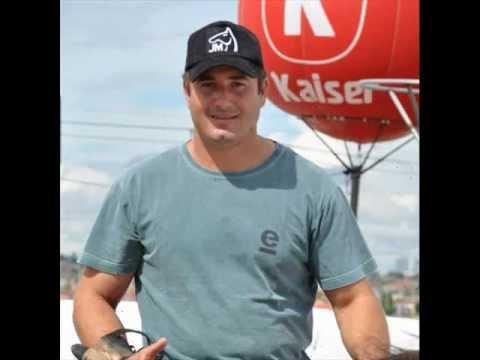 Parabéns Neco Menezes O MELHOR VAQUEIRO DO BRASIL 2011