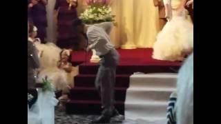 Wedding day Praise Break!