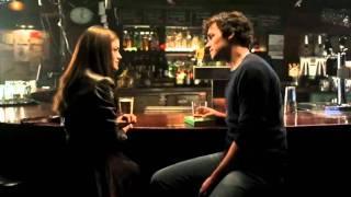 pretty little liars 1x01 Rencontre entre Aria et Ezra