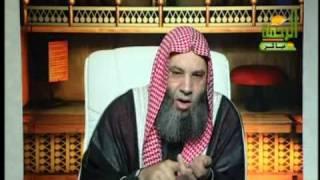 الرد على المفتي علي جمعة في قوله أن النقاب ثقافة عفنة