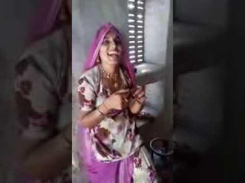 Xxx Mp4 नहीं देखी होगी मारवाडी लुगाई को बीडी पीते हुए Desi Marwadi Video 1 3gp Sex