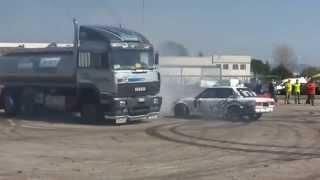 فيديو جنوني تخميس شاحنه و سيارة bmw