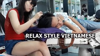 Relaxing massage style Viet nam Plucking grey hair and massage ear